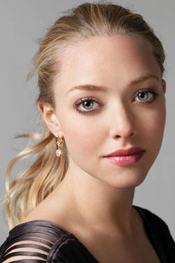 Amanda Seyfried By ExploitedFame