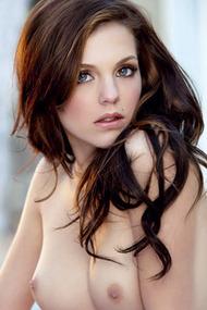 Twistys Hot Girl Kiera Winters
