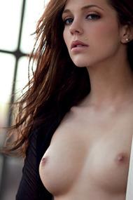 Kiera Winters Sensual Masturbation for Digital Desire