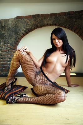 Jessie In Neona By Watch4Beauty - 03